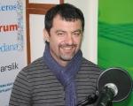 Эрнест куртвелиев, фотограф